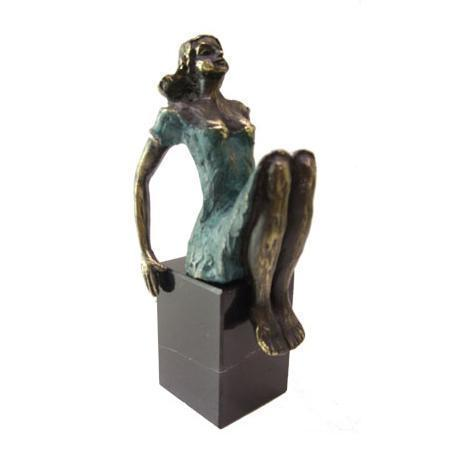 Bronze sculpture 'Seducing Lady' AR-BRMA00422