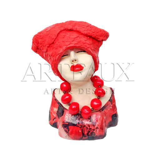 "Kunst Object ""Madame Chique"" Rood by Jeannie Hoovers AR-JH1955-B"