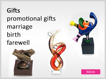 Promotional gifts and presents for marriage, birthday and farewell